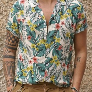 Camicia manica corta chiara fiori