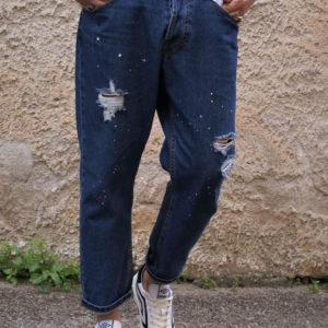 Jeans macchie con strappi
