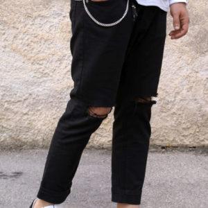 Jeans nero con strappi