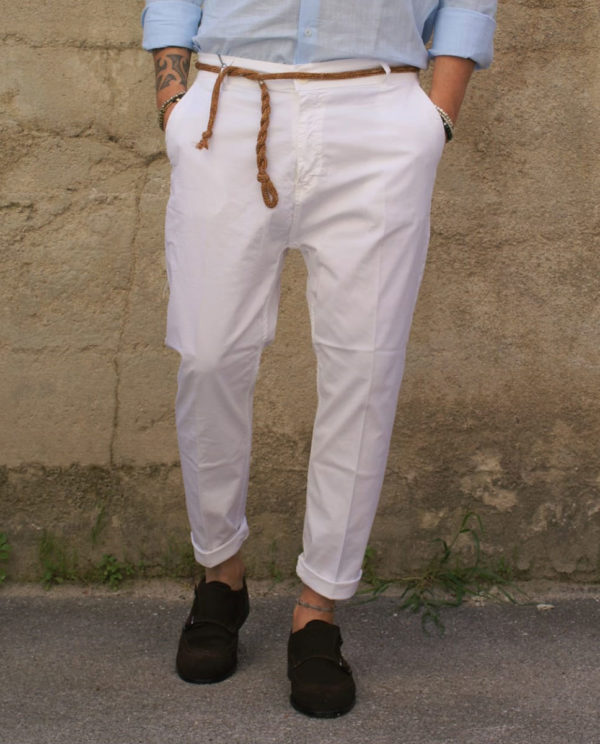 Pantalone bianco Capri corda