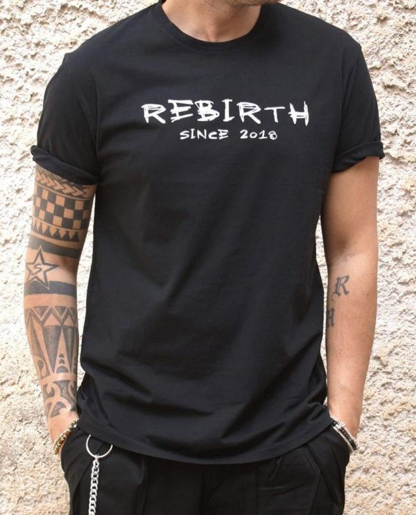 T-shirt nera Rebirth